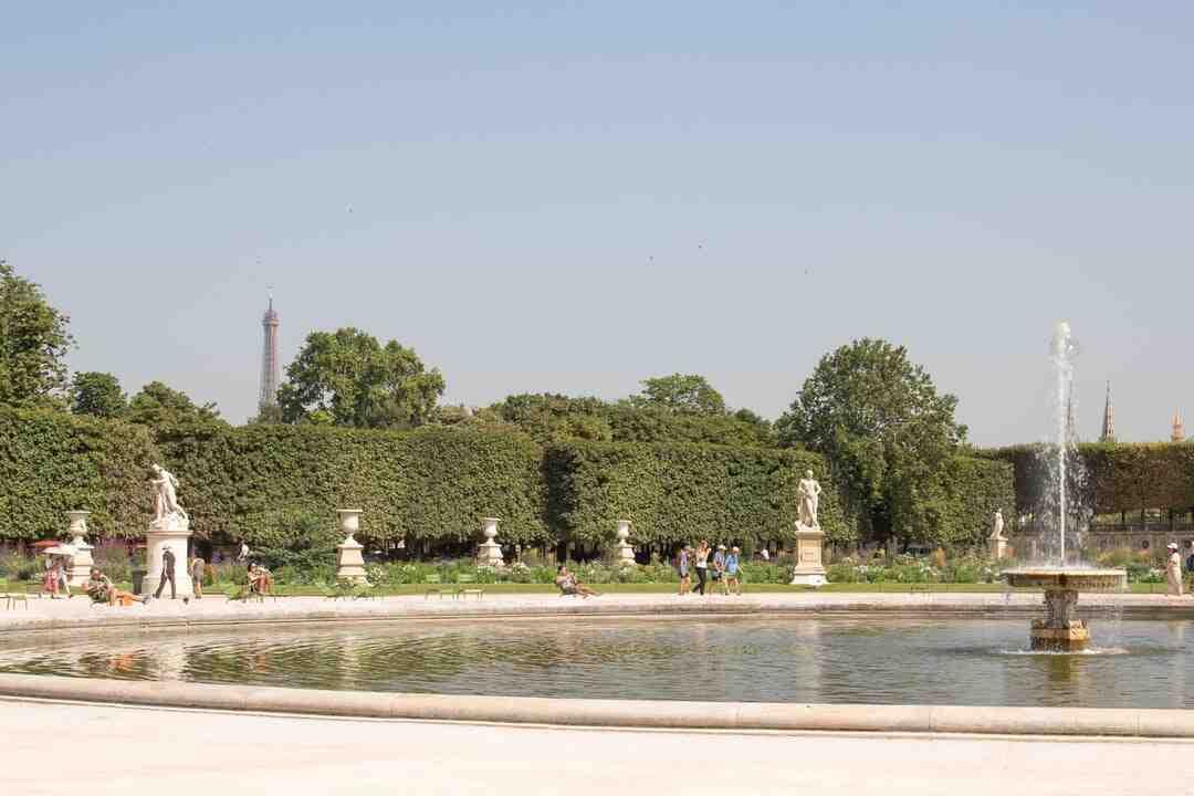 Fontaine en pierre pour jardin exterieur